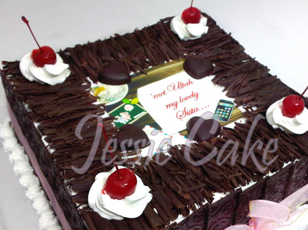 Blackforest Special 4 Layer ordered by Media Utami... thx for Order Sis!